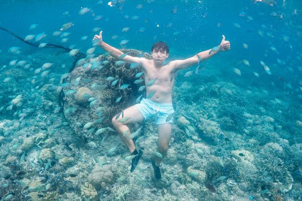 Best scuba destinations for new divers - scuba diving Moalboal Philippines